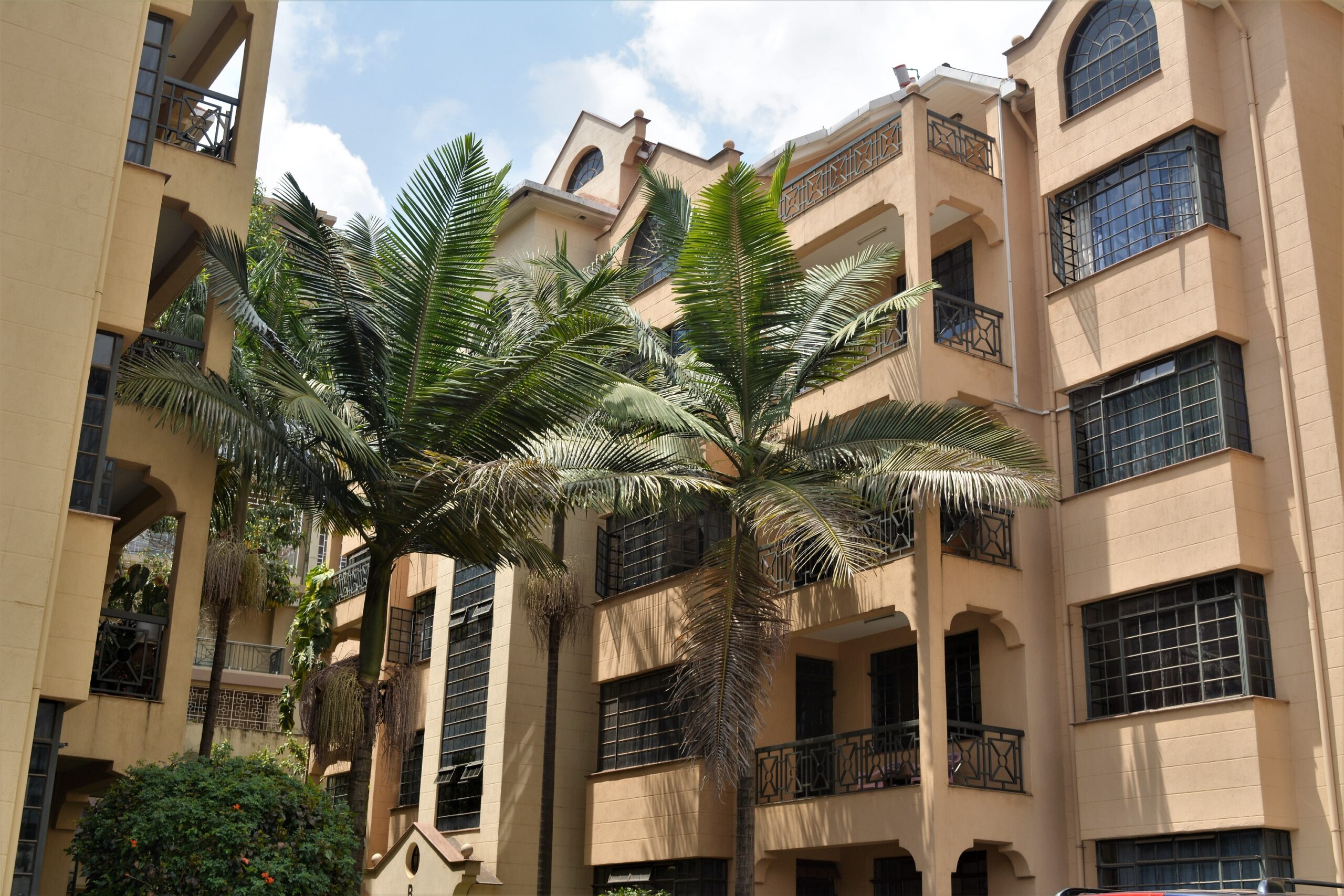 FURNISHED 3 Bdrm Apartment+ Dsq TO LET Kilimani