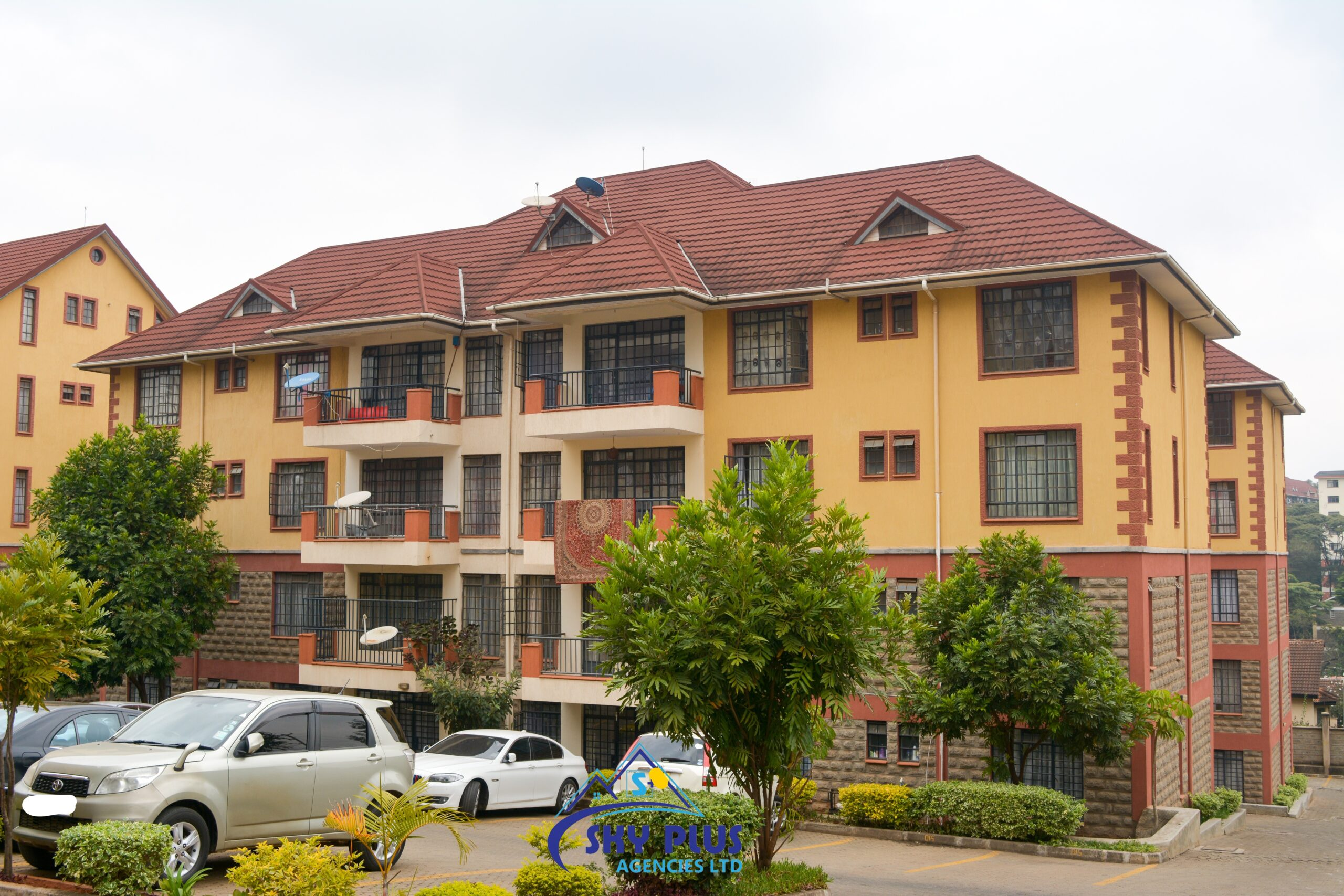 Thompson Apartments, Lavington FOR SALE; 3 bdrm+DSQ