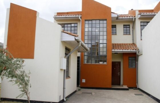 Lone View Estate 3 Br Maisonette + Dsq FOR SALE