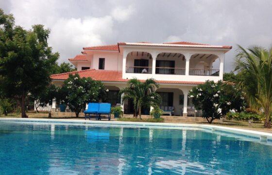 Four Bedroom, All Ensuite Maisonette FOR SALE – Malindi